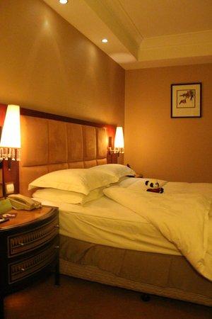 Tianfu Sunshine Hotel : stanza con panda