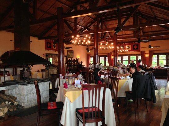 Victoria Sapa Resort and Spa: Dining Room