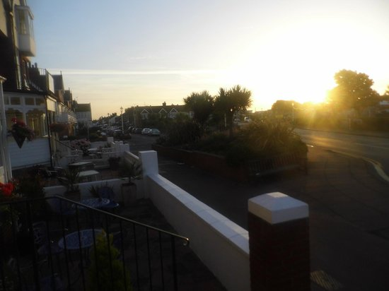 Coast Guest Accommodation: Sunrise from the front of the Coast B&B.
