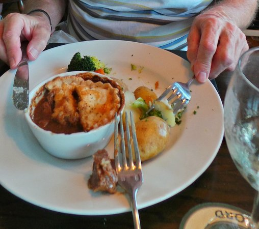"Braeval Hotel: The ""Good"" Real Ale Pie ..."