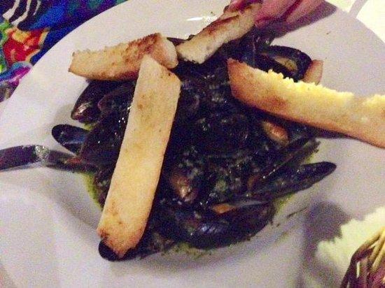 Bistro De Paris : mussels