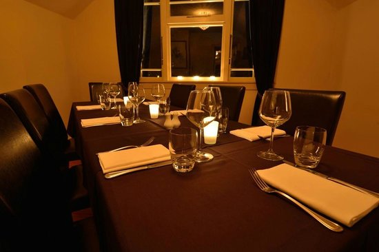 Chantellinis Restaurant and Cafe: Gardot Room - private dining