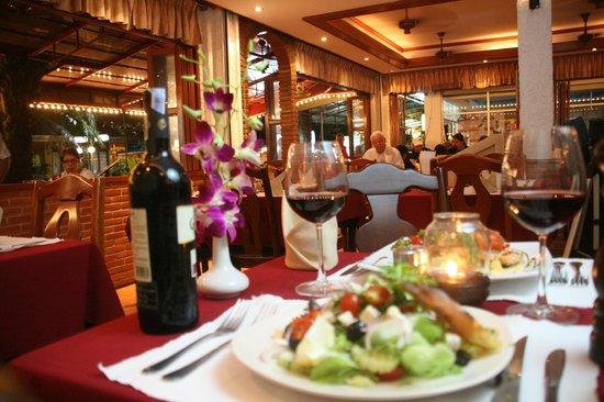 Karlsson Restaurant & Steak House: One night at Karlsson.