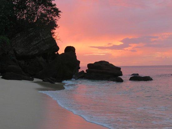 Maca Bana Sunset
