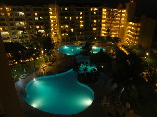 The Royal Islander All Suites Resort : Vista desde la habitación