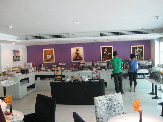 Nova Gold Hotel: Buffet Spread