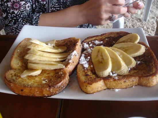 Ariel's House : Французский завтрак