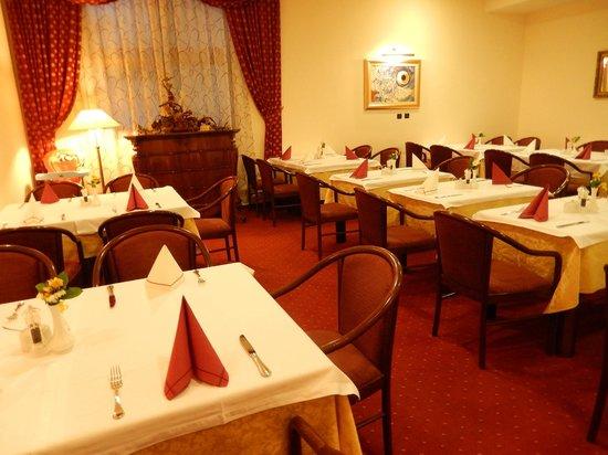 Hotel Globo: Breakfast room