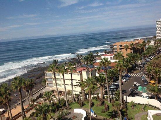 OCÉANO Hotel Health Spa: Blick  vom Balkon 7 Stock nach Norden