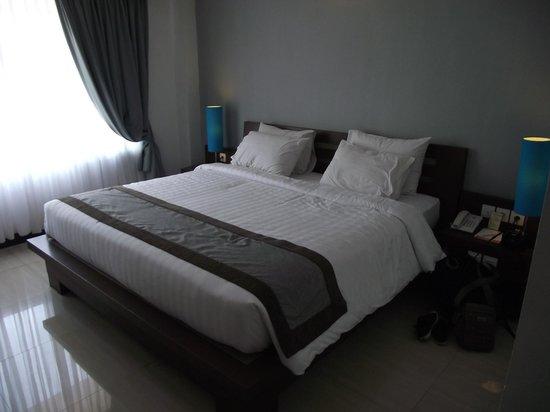 Royal Singosari Kuta: Our room