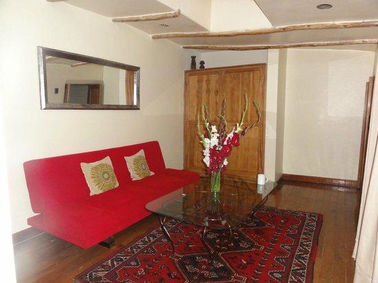 Second Home Cusco : Room