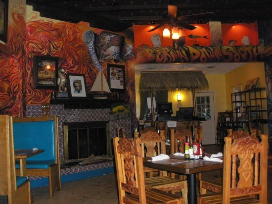 Chef David's Roastfish & Cornbread: decor