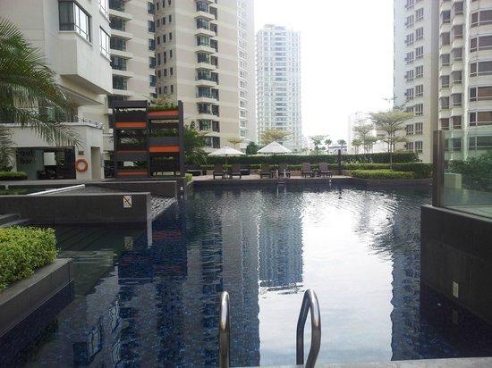 G Hotel Gurney: Pool