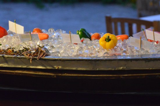 Mai Samui Resort & Spa : Great array of food options, including seafood buffet beach-side.