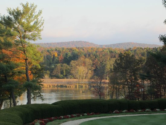 Toftrees Golf Resort: Picturesqe fall day
