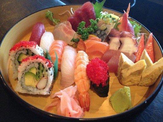 Sushi kamikaze: Plateau de sushi