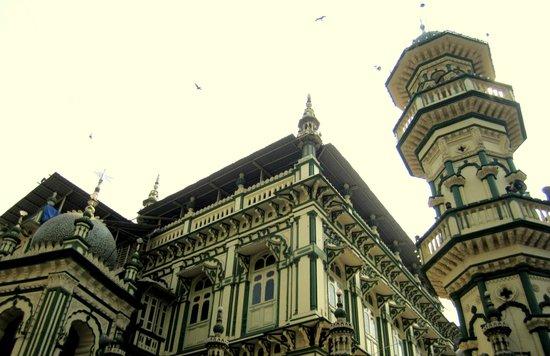 Chor Bazaar, Mohammed Ali Rd - Minara Masjid