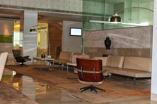 The Raintree Hotel - Anna Salai : Hotel Lobby