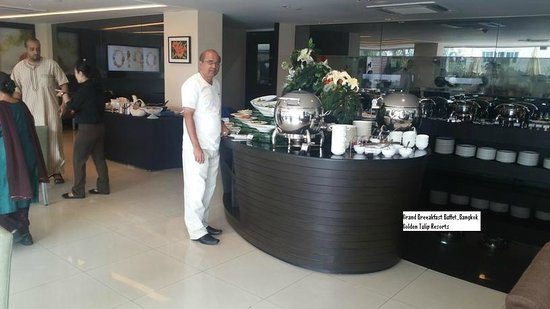 Golden Tulip Mandison Suites : Grand Buffet Breakfast