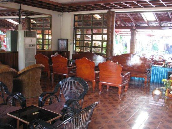 Neak Pean Hotel: foreground