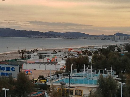 Hotel Sarti: la vista dalla nostra camera.......