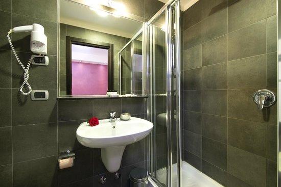 Hotel Five: Bagno