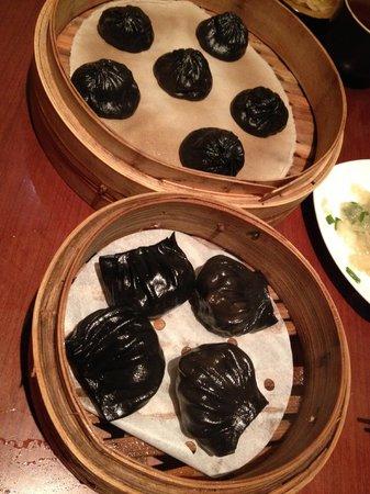 Paradise Dynasty Imperial Treasure La Mian Xiao Long Bao: Black Truffle Xiang Long Bao & Shrimp Hakaw