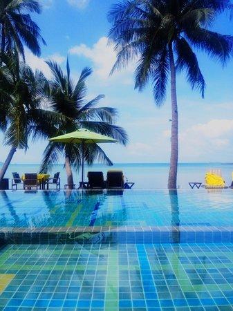 Tango Luxe Beach Villa: Sea side pool Tango Luxe