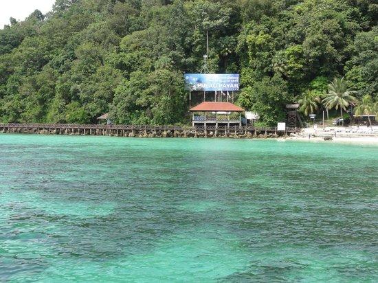 Pulau Payar Marine Park: Dark green colour is due to underwater corals