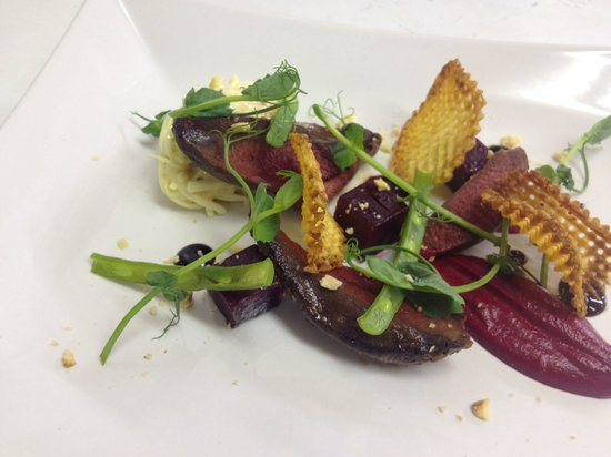 Fairway Hotel: Pigeon with beet root and game crisps