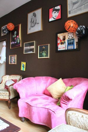 Pink Panther's Hostel : Common Space