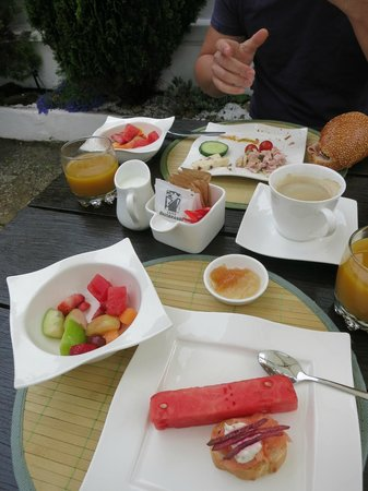 AfricanHome Guesthouse: lovely breakfast