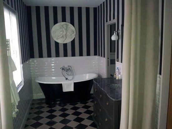 Hotel la Villa Glamour: Salle de bain