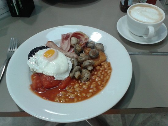 Newton-Le-Willows, UK: Full breakfast at Trebaron