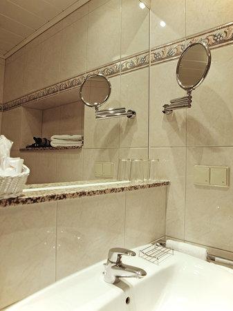Haus Thorwarth - Hotel-Garni: Badezimmer