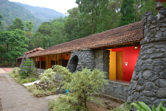Blue Ginger Spa Resorts Wayanad: Outside view of tranquil rooms