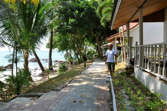 Pansand Resort Ko Bulon Lae : the beach