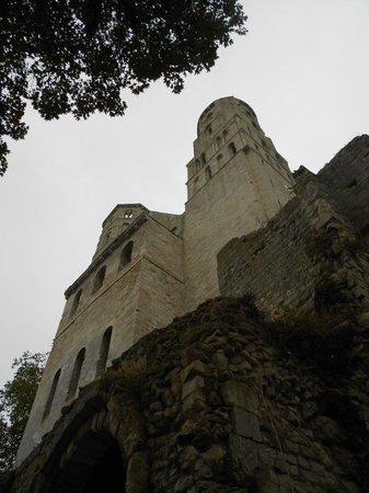 Abbaye de Jumièges : Les deux tours