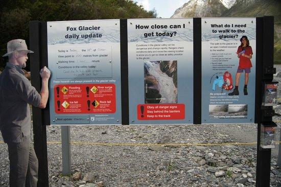 Fox Glacier Hiking Trails: Information board