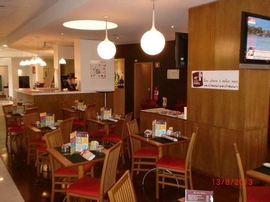 Hotel Ibis Faro: Restaurante