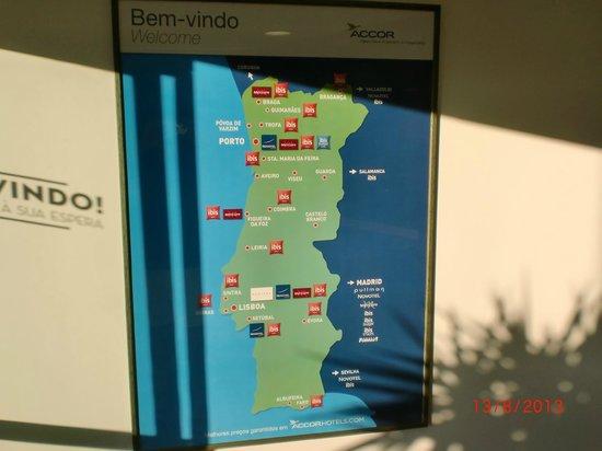 Hotel Ibis Faro: Entrada