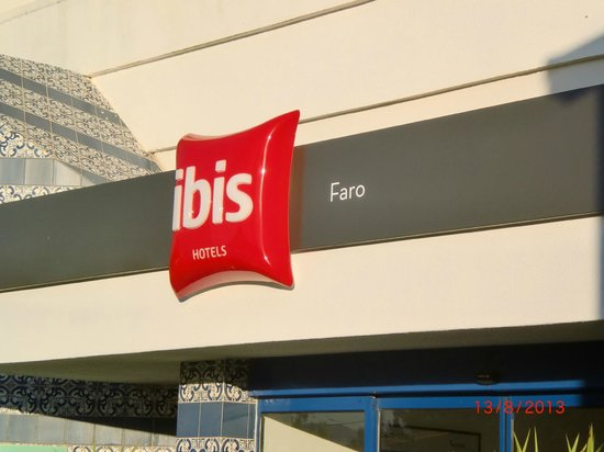 Hotel Ibis Faro: Fachada