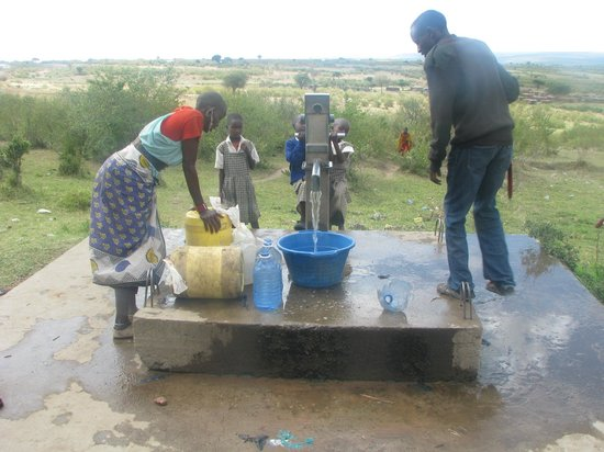 SEMADEP Camp: The water pump, the first Semadep project