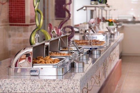 Orange County Resort Hotel Kemer: Falafels Snack