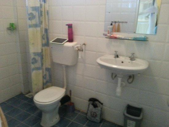 Springlands Hotel: Bathroom