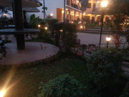 Springlands Hotel: Dusk
