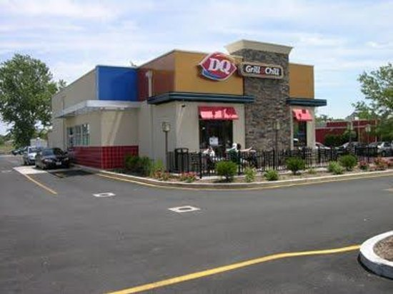 Dairy Queen in Windsor, Ontario, Canada: complete list of store locations, hours, holiday hours, phone numbers, and services. Find Dairy Queen location near you. Dairy Queen Locations & Hours in Windsor, Ontario, Canada.