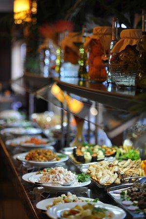 Orange County Resort Hotels: Open Buffet