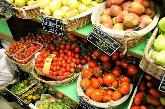 Tuscan Culinary One-Day Cooking Class: Fresh produce
