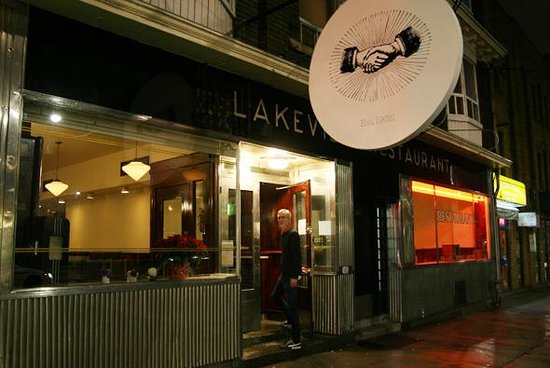 Lakeview Sweets 'N' Eats